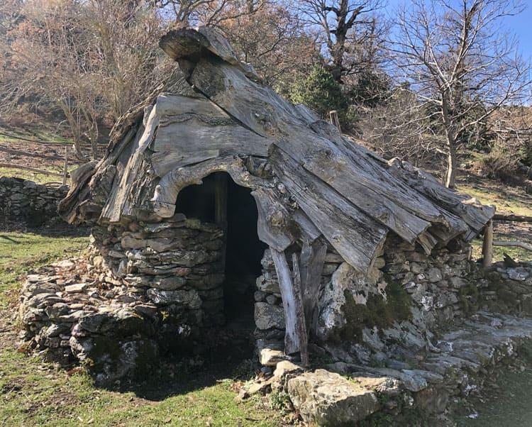 Barbagia - Cuile Typische Hirtenhütte